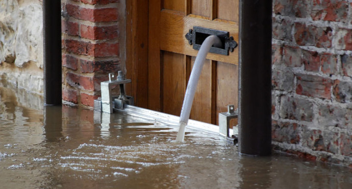 2 More Tips For Choosing The Best Flood Damage Repair Company